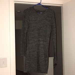 EUC Romeo & Juliet Gray sweater dress size medium